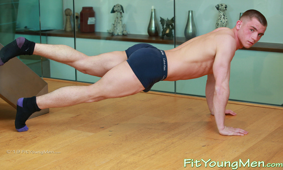 Fit Young Men: Model Teddy Milfield - Gym - Super Athletic Teddy Shows off his Impressive Muscles