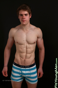 Fit Young Men: Sean Maxton